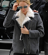 Jennifer Lawrence Leaving Soul Cycle - November 16