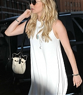 Jennifer Lawrence Going Dinner With Friends - June 24