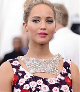 Jennifer Lawrence at MET Gala 2015 [Arriving] - May 4