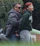 Jennifer_Lawrence_-_On_the_set_of__Don_t_Look_Up__in_Boston_2C_November_302C_2020-09.jpg